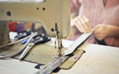 Да превърнем старите дрехи в красиви аксесоари