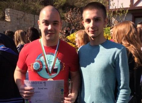 Ученик от ПГТМД Варна отново първи на национално състезание по ИТ